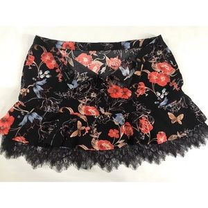 Who What Wear Skirts - 5/$20 Who What Wear Black Floral Lace Trim Skirt